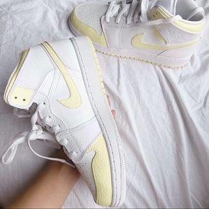 Custom pale yellow Air jordan 1 mid